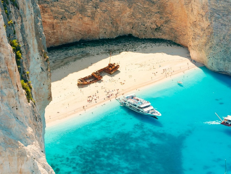 Vista de Navagio Beach na Grécia