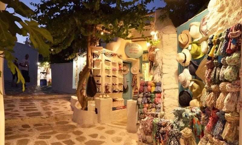 Compras no centro de Mykonos