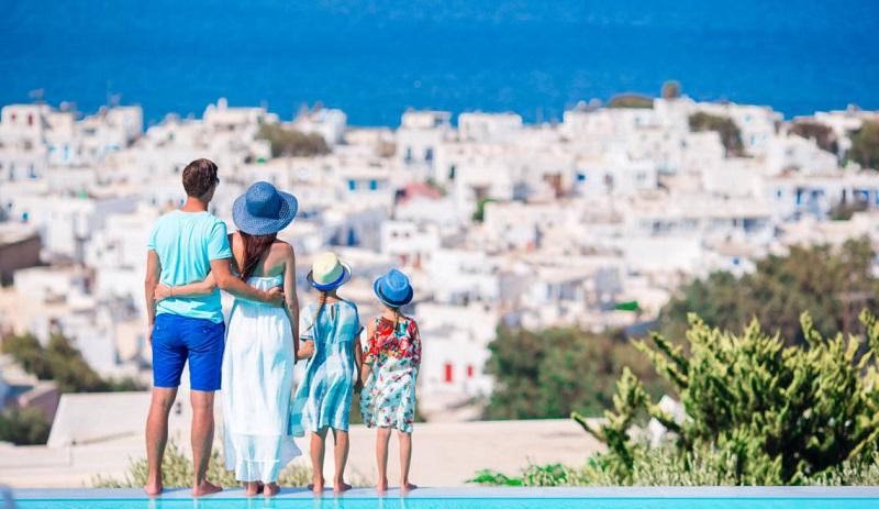 Família em Santorini