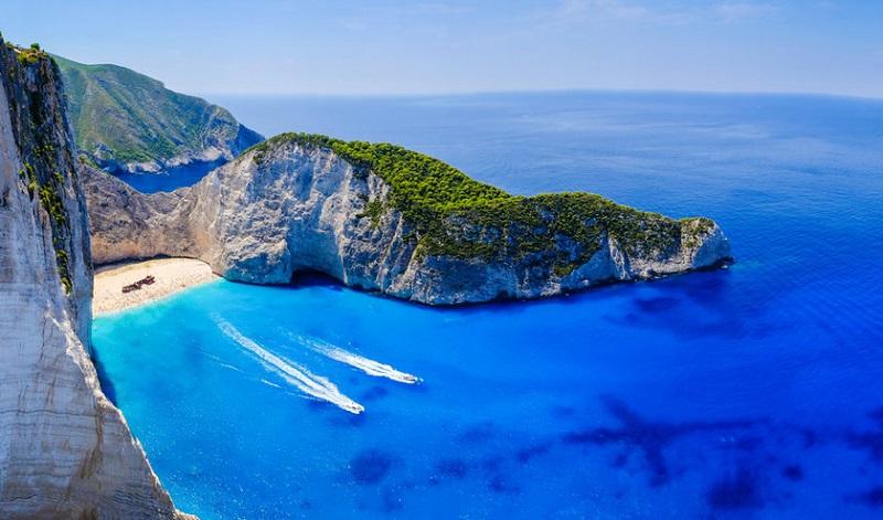 Praia de Navagio na Grécia