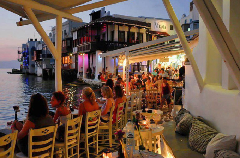 Bairro de Little Venice (ou Pequena Veneza) em Mykonos
