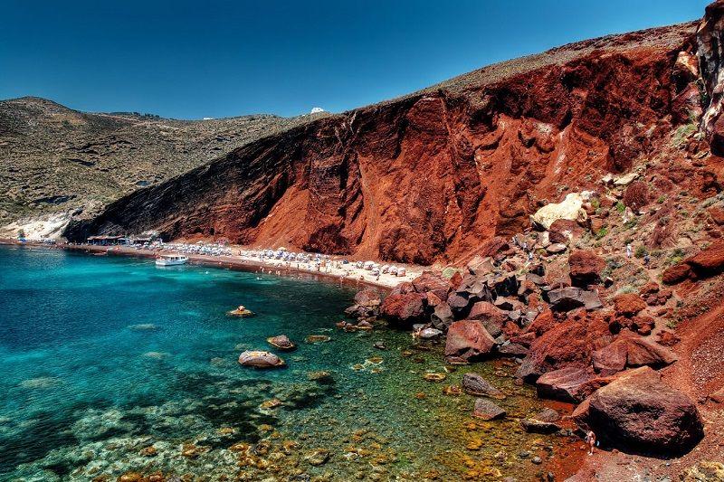 raia Vermelha, ou Red Beach, em Santorini