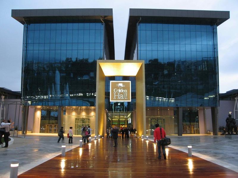 Shopping Golden Hall em Atenas