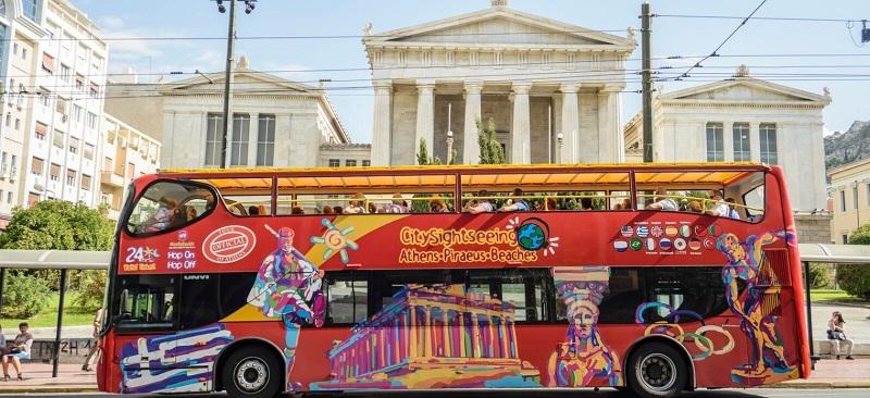 Passeio de ônibus turístico em Atenas