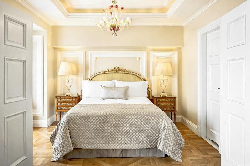 Quarto do Hotel King George em Atenas
