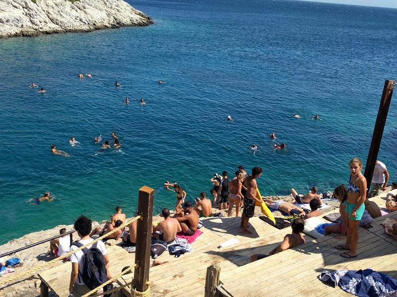 Praia Limanakia em Atenas