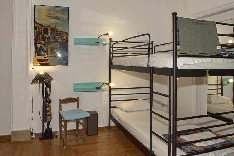Quarto do Chameleon Youth Hostel em Atenas