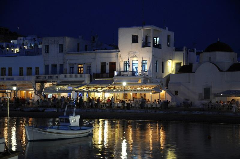 Noite em Mykonos