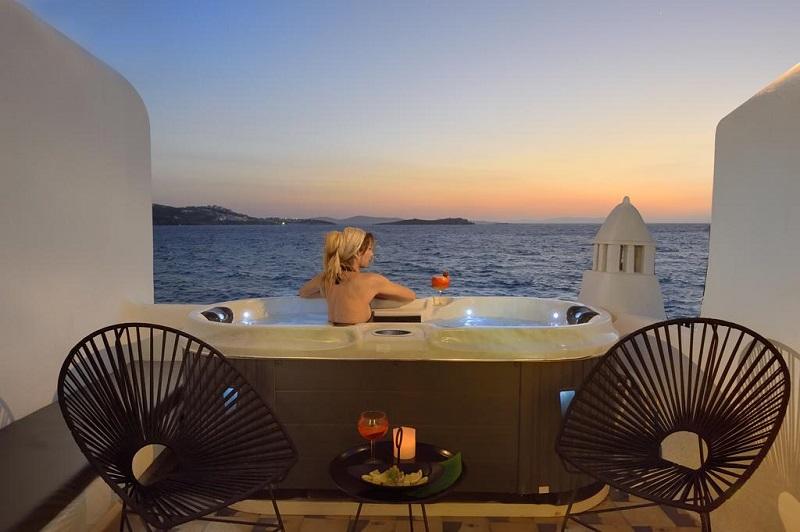 Piscina de hospedagem em Mykonos