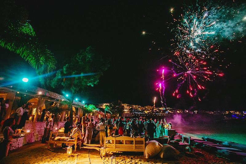 Festa de Ano-novo em Mykonos