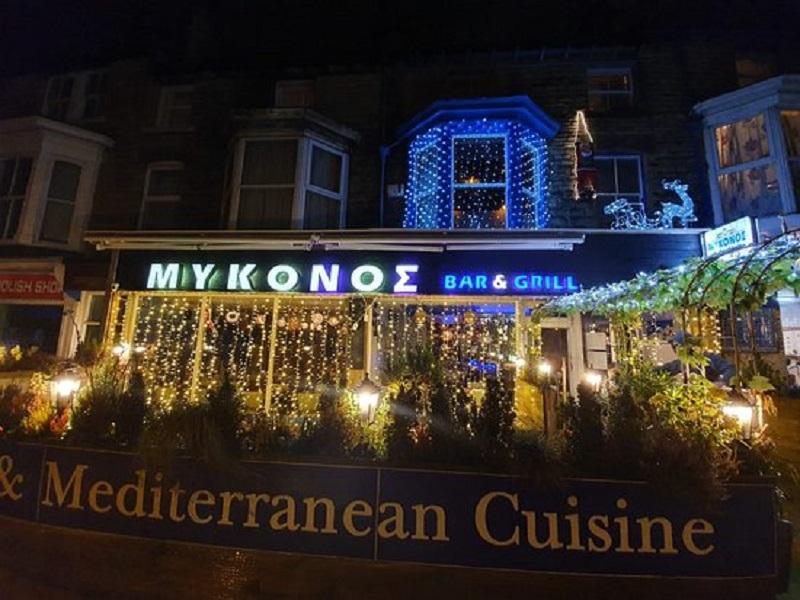 Restaurante durante o Natal em Mykonos
