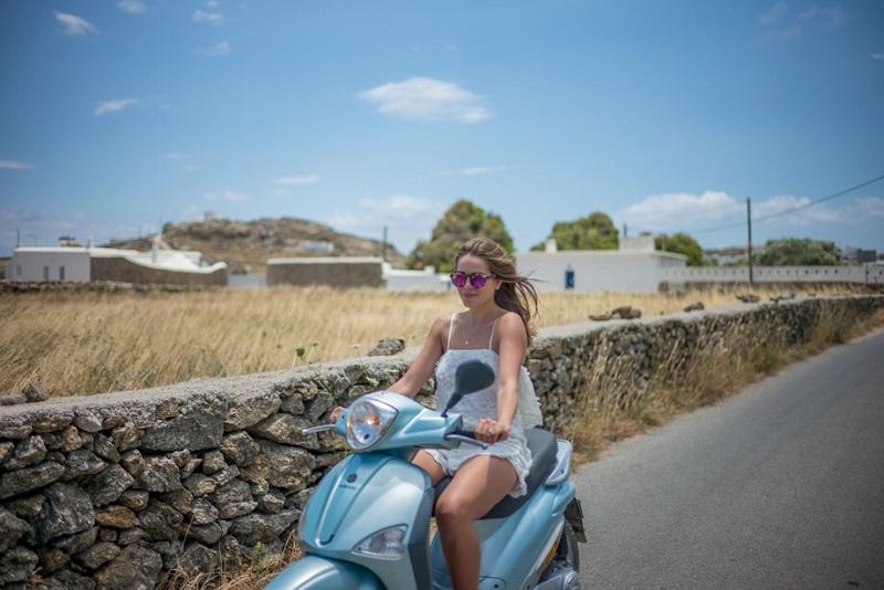 Como andar de moto/scooter em Mykonos