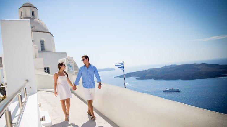 Casal em Santorini