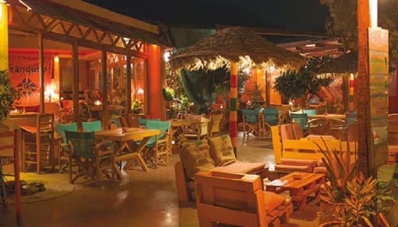 Bar Tranquilo em Santorini