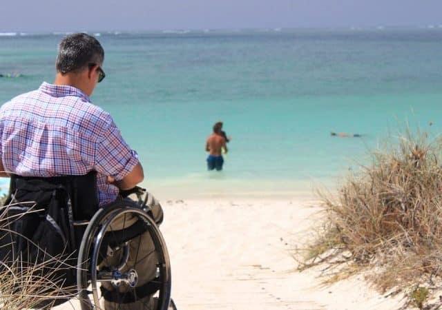 Deficientes físicos em Santorini