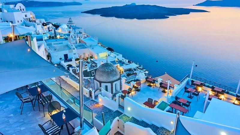 Noite em Santorini, na Grécia