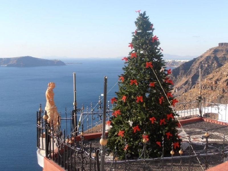 Árvore de Natal em Santorini