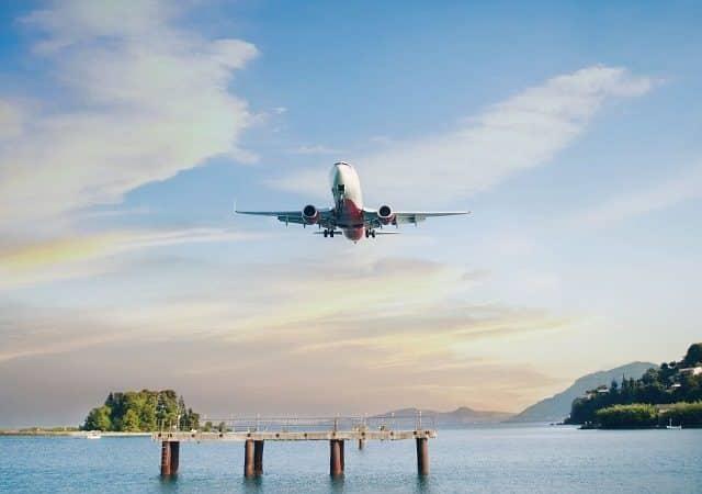 Tempo de avião até a Grécia