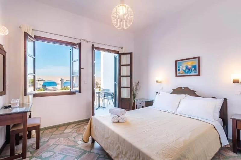 Quarto do Hotel Agia Irini em Santorini