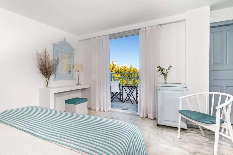 Quarto do Santorini Kastelli Resort em Santorini