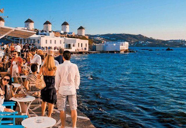 Meses de alta e baixa temporada na Grécia