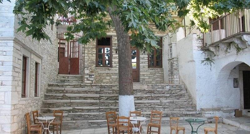 Vila de Apeiranthos