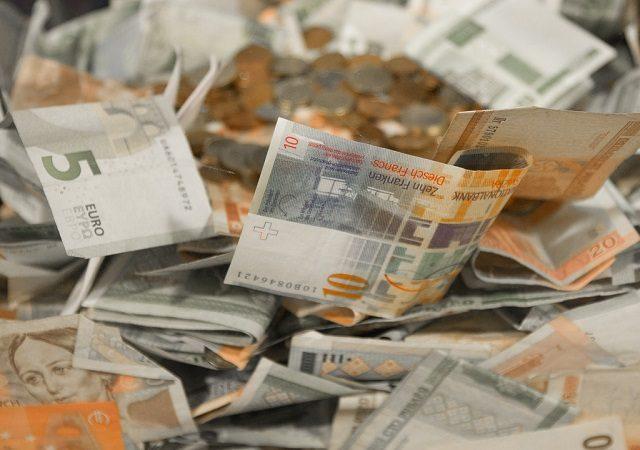 Como enviar dinheiro para a Grécia