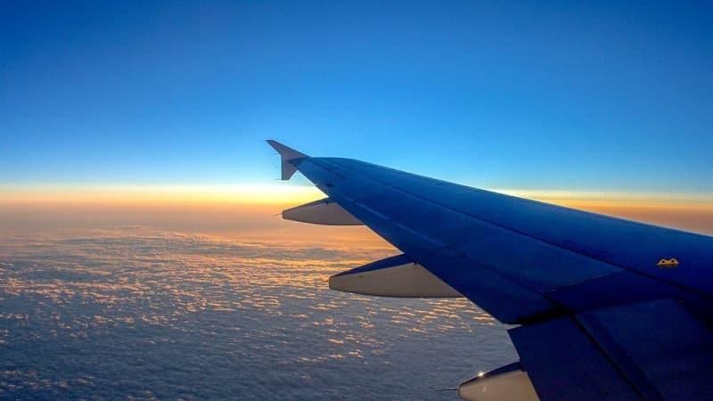 Tempo de avião de Atenas para Zakynthos