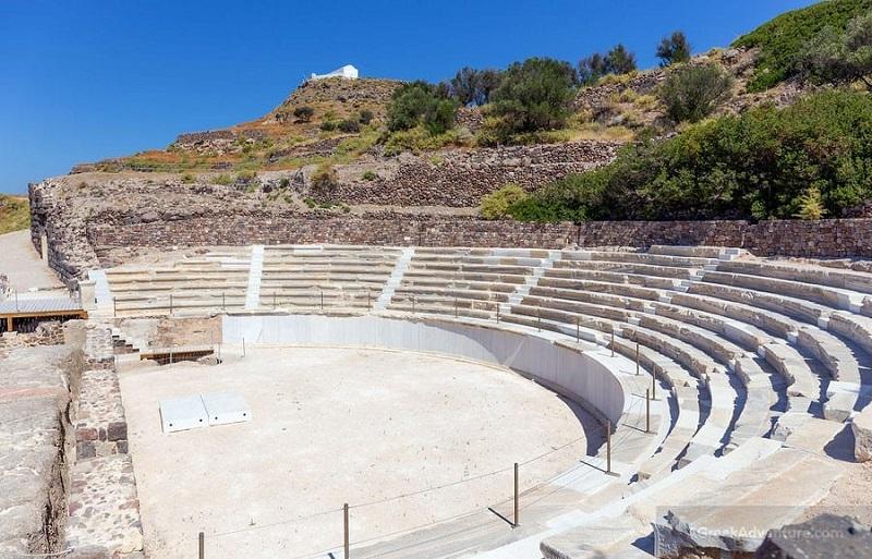 Teatro antigo de Milos