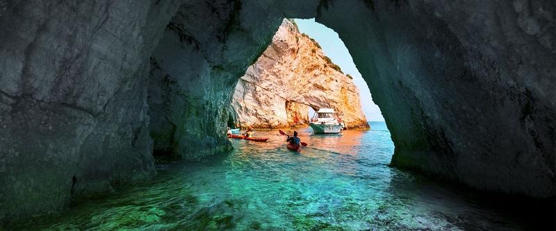 Cavernas Azuis/Blue Caves
